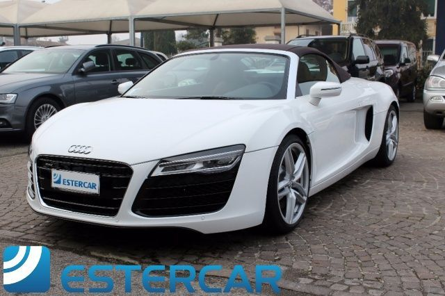 audi r8 spyder 4 2 sub leasing bollo pagato 01 2018 usata. Black Bedroom Furniture Sets. Home Design Ideas