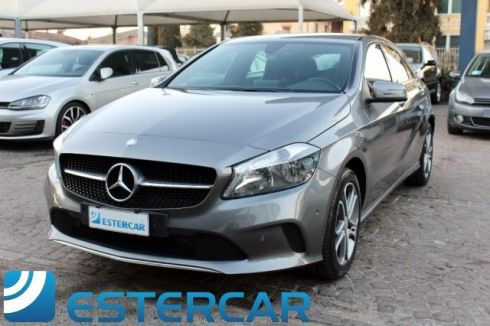 MERCEDES-BENZ A 180 d Automatic Sport NAVI CAMERA PDC