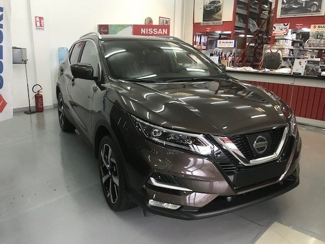 nissan qashqai 1 6 dci versione 2018 tekna cambio x tronic. Black Bedroom Furniture Sets. Home Design Ideas