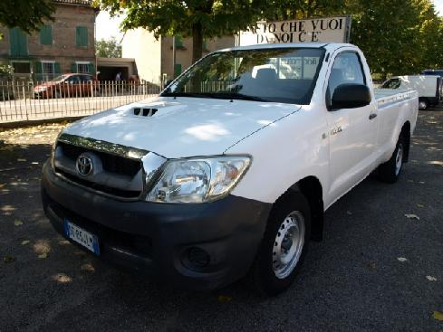 TOYOTA Hilux 2.5 D-4D 2WD (120 CV) Pick-up