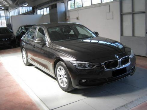 BMW 316 d Business Advantage aut. IVA ESPOSTA