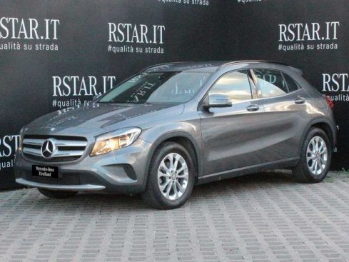 MERCEDES-BENZ GLA 180 d Automatic Business