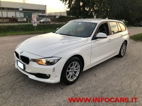 BMW 318 d Touring - MANUALE