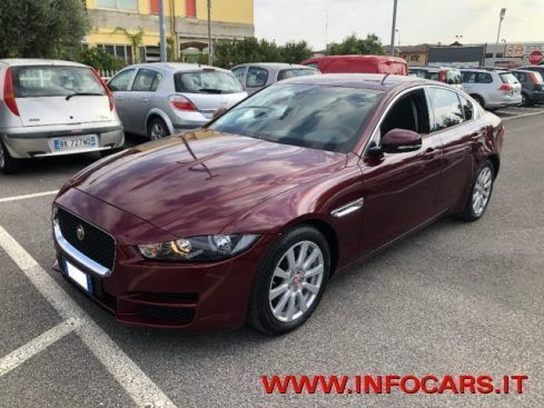 JAGUAR XE 2.0 D Turbo 180CV Pure Business Edition