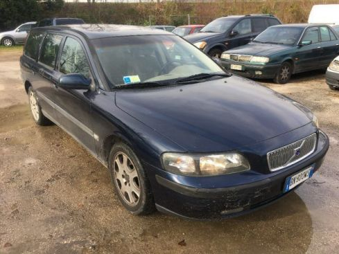 VOLVO V70 2.0i turbo 20V cat T