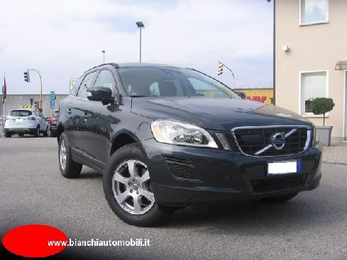 VOLVO XC60 XC60 D3 AWD Geartronic Momentum