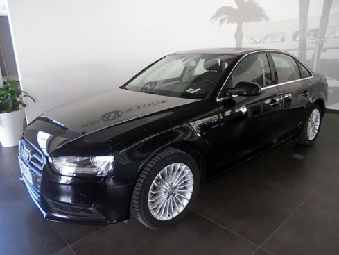 AUDI A4 2.0 TDI 177 CV mult. Advanced