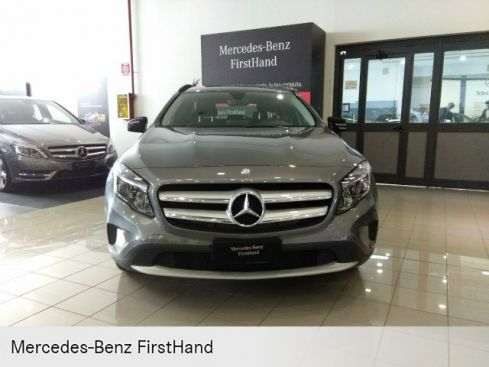 MERCEDES-BENZ GLA 180 d Executive
