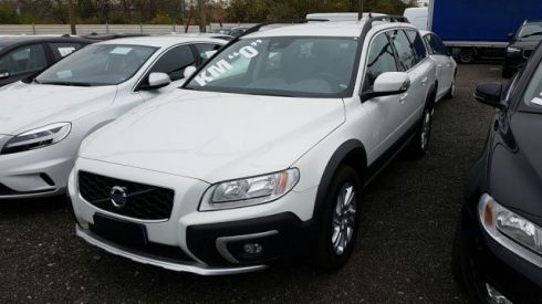 VOLVO XC70 D4 AWD Geartronic Momentum