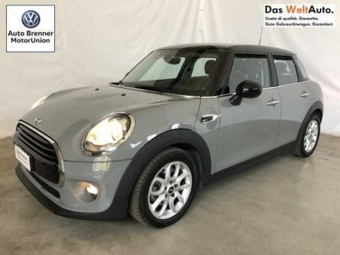 MINI Mini Mini 1.5 Cooper D Business XL 5 porte