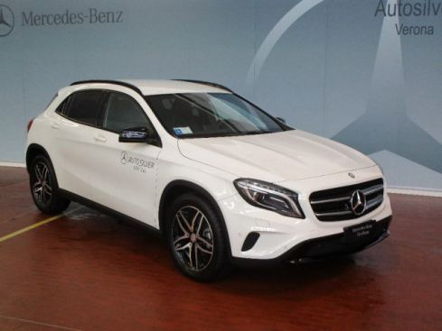 MERCEDES-BENZ GLA 200 CDI Automatic Sport NIGHT PACK(LISTINO € 42.900)
