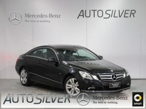 MERCEDES-BENZ E 220 CDI Coupé BlueEFFICIENCY Executive