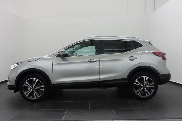 nissan qashqai new model 1 5 dci 115cv euro 6d n connecta. Black Bedroom Furniture Sets. Home Design Ideas