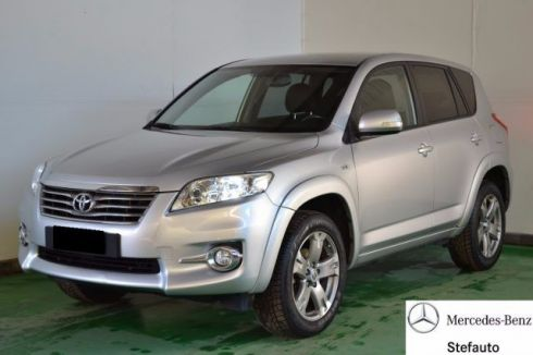 TOYOTA  RAV4 RAV4 Crossover 2.2 D-Cat 177 CV Executive
