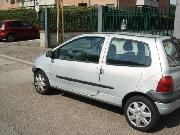 RENAULT TWINGO 1.2I CAT EASY CHIC Usata 2007