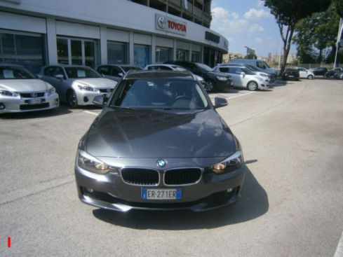 BMW 318 318d Touring Business aut.