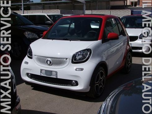 SMART ForTwo Cabrio 1.0 52kw Urban Red And The City BT EU6 KM Ø