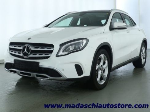 MERCEDES-BENZ GLA 180 Automatic Sport TETTO APRIBILE