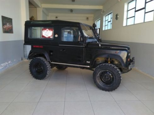 LAND ROVER Defender 90 turbodiesel Hard-top