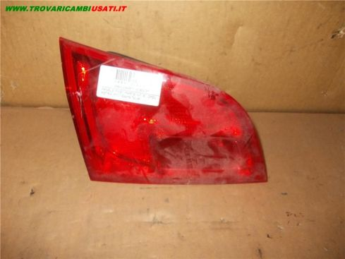 FANALE POST. PARTE INT. S. OPEL ASTRA (P10) Sports Tourer  13336328 999-U28486 (Usato)
