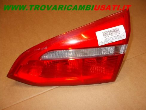 FANALE POST. PARTE INT. D. FORD FOCUS (CB8) SW 1715138 999-U51088 (Usato)